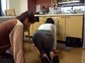 久しぶりに働き出したデカ尻義母はパンツスーツを着用3-0