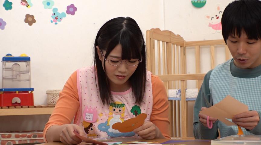 妊娠願望強すぎて母性溢れるオッパイで授乳手コキ!4 画像 1