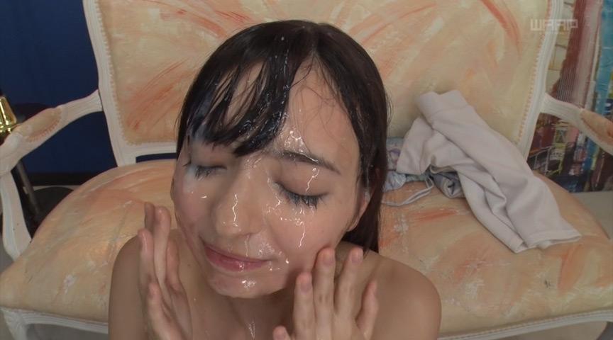 ぶっかけでザーメンまみれの西田カリナ