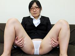 内緒でパンツを売ってマ●コを見せる女 JD・夏希亜美
