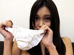 下着:内緒でパンツを売ってマ●コを見せる女 JK・七海りこ