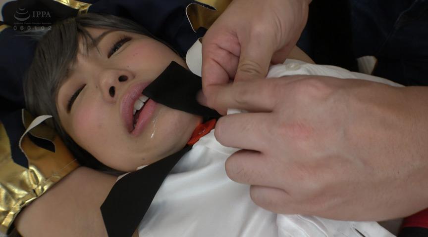 素人コスプレイヤーを媚薬バイブでアクメ強姦!9